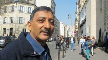 """""""Le fait divers que nous venons de vivre à Toulouse nous oblige à être prudents."""" Osman Ibrahim-Behra, 60 ans. Photo : Charlotte Oberti."""