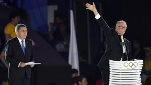 Carlos Nuzman, président du Comité national olympique brésilien, et Thomas Bach, le président du CIO, le 5 août 2016 lors de la cérémonie d'ouverture des Jeux de Rio.