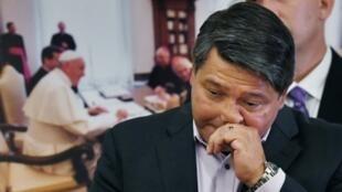 Manuel Vega acusa a la iglesia católica de seguir encubriendo abusos sexuales a niños por parte de algunos de sus sacerdotes