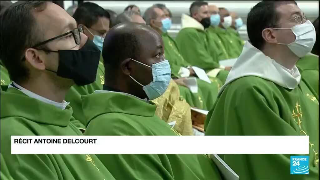 2021-10-12 12:09 France : Le gouvernement reçoit le président de la Conférence des évêques après ses propos sur la confession
