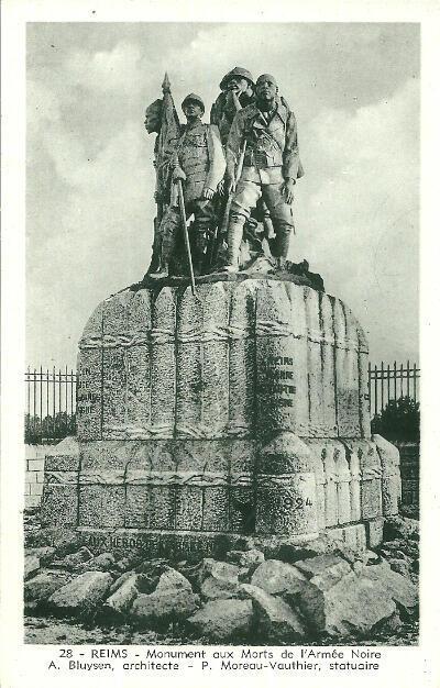 Le monument aux morts de l'Armée noire à Reims, inauguré en 1924