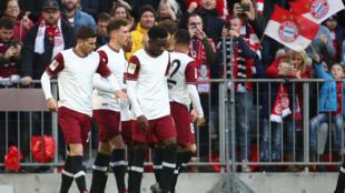لاعبون من فريق بايرن ميونخ الألماني