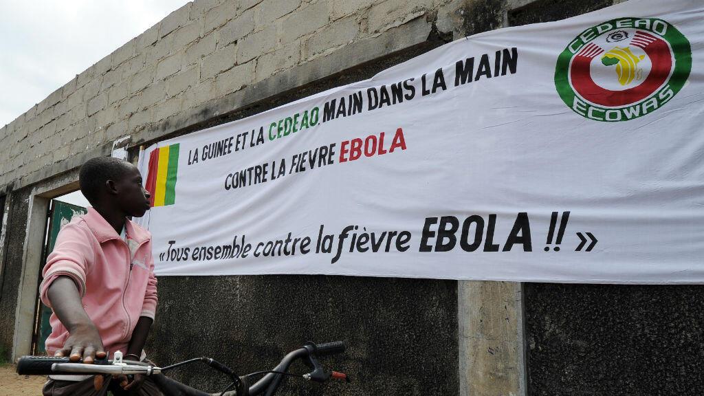 La Guinée, très largement touchée par l'épidémie d'Ebola, jouera son premier match au Maroc.