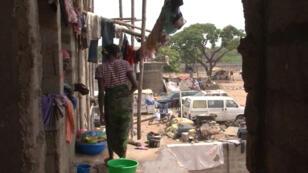 Des déplacés nigérians dans la banlieue d'Abuja, la capitale
