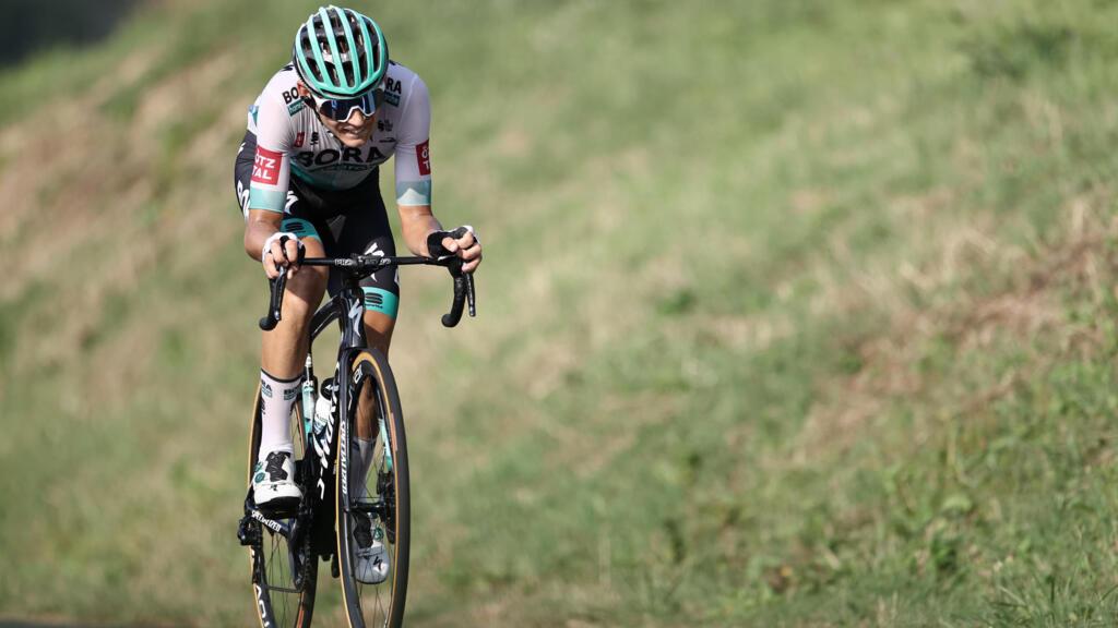 Tour de France: Lennard Kämna s'impose lors de la 16eétape, Primoz Roglic toujours en jaune