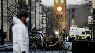 Archivo: Escena de la explosión de un carro bomba en Derry, Irlanda del Norte, el 20 de enero de 2019.