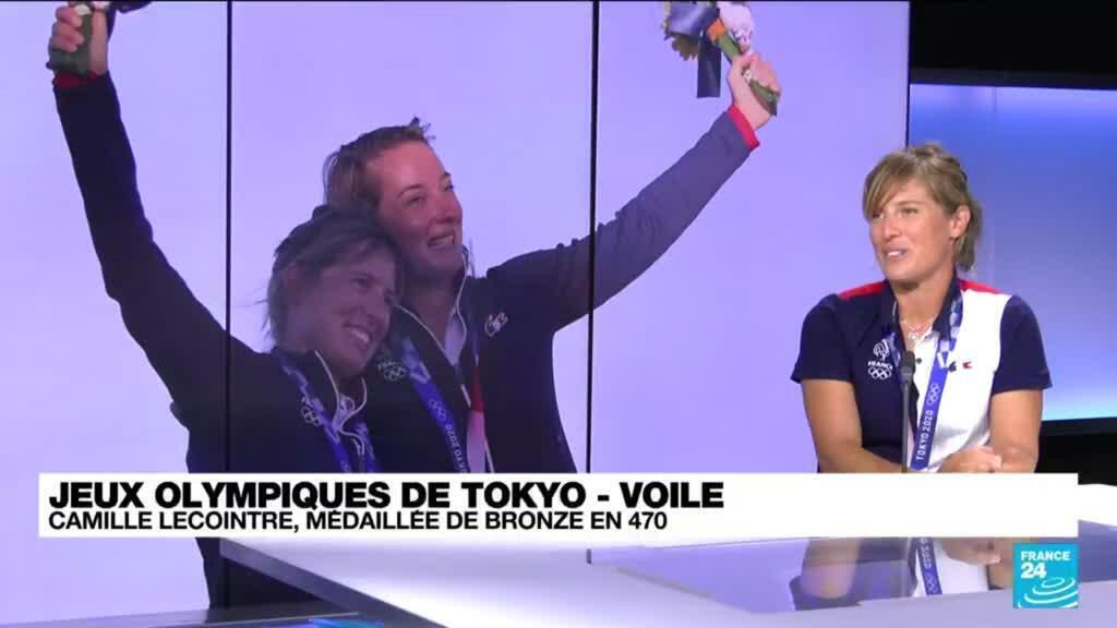 """2021-08-07 09:01 Camille Lecointre, médaillée en voile : """"les JO mettent en lumière notre sport"""""""