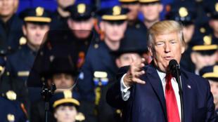 """Le président américain s'est dit """"très déçu"""" par la Chine."""