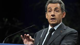 Nicolas Sarkozy, candidat à la présidence de l'UMP, a prôné l'abrogation de la loi Taubira, samedi 15 novembre.