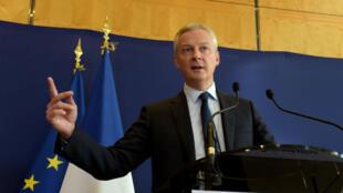 Le ministre français de l'Économie Bruno Le Maire veut taxer les géants de l'Internet sur le chiffre d'affaires plutôt que le bénéfice en Europe.