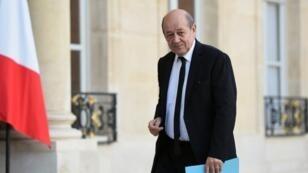 وزير الدفاع الفرنسي جان إيف لودريان