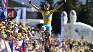 Le maillot jaune a désormais à 3 min 37 sec son avance sur l'Espagnol Alejandro Valverde.