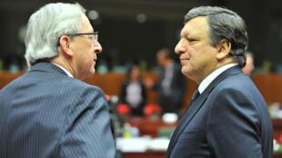 Le président de la Commission européenne, Jean-Claude Juncker, et son prédécesseur José Manuel Barroso.
