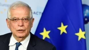 يعقد الاتحاد الأوروبي للشؤون الخارجية والسياسة الأمنية، مؤتمرا صحفيا حول الوضع في ليبيا في مقر الاتحاد الأوروبي في بروكسل في 7 يناير 2020.