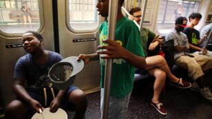 En 2014, les arrestations d'artistes œuvrant dans le métro de New York ont augmenté de 217 % par rapport à 2013.
