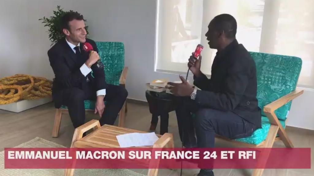 """Emmanuel Macron s'est notamment exprimé au sujet """"des migrations"""" lors d'une interview exclusive à France 24 et RFI."""