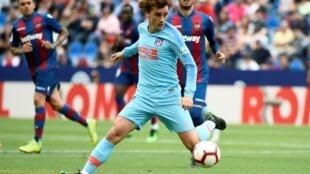 L'attaquant français de l'Atlético Madrid Antoine Griezmann contre Levante en championnat, le 18 mai 2019 à Valence