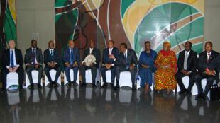 Les dirigeants de l'Afrique de l'Est réunis lors du sommet de Dar es Salaam en Tanzanie, le 31 mai 2015.
