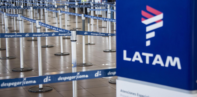 Archivo: la zona de facturación de la aerolínea LATAM en el aeropuerto internacional de Santiago, en una imagen del 10 de abril de 2018.