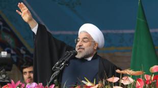 Hassan Rohani lors des festivités du 35e anniversaire de la République islamique