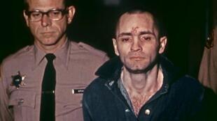 تشارلز مانسون خلال محاكمته عام 1971