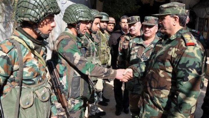 -عناصر من الجيش السوري