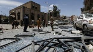 قصف استهدف حيا سكنيا في صنعاء، في مايو/أيار 2018.