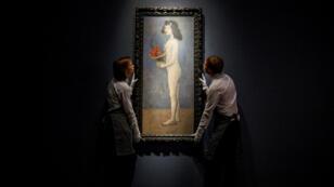 """""""Muchacha joven con cesto de flores"""" (1905) será una de las obras de Pablo Picasso a subastar en Londres"""