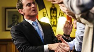 L'ancien Premier ministre Manuel Valls, en déplacement à Lievin, le 8 janvier 2017.