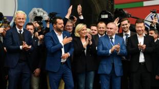 Plusieurs leaders de partis nationalistes et identitaires européens, dont Matteo Salvini et Marine Le Pen, se sont réunis à Milan mais sans le FPÖ autrichien, le 18mai2019.