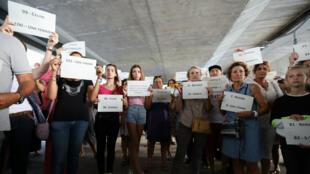 Un rassemblement à Cagnes-sur-Mer, le 2 septembre, en mémoire des 101 femmes victimes de féminicide depuis janvier 2019.