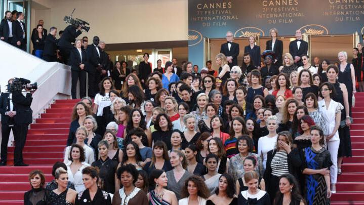Maillot De Bain CannesJour Française Enfile Son 7La Comédie 2IW9YEHeD