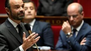 رئيس الحكومة الفرنسية إدوار فيليب يلقي كلمة أمام الجمعية الوطنية في 31 من تشرين الأول/أكتوبر 2017
