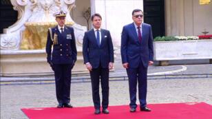 El primer ministro de Italia Giuseppe Conte (izquierda) se reunió en Roma este martes 7 de mayo de 2019 con Fayez al-Sarraj, primer ministro del Gobierno de Acuerdo Nacional de Libia.