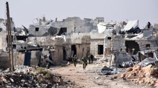 Les forces syriennes et russes ont repris leurs frappes sur Alep mardi 15 novembre 2016.