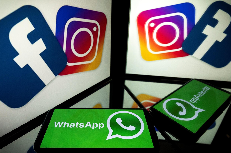 Logos de Facebook, Instagram et Whatsapp sur des écrans, le 5 octobre 2020 à Toulouse, en France