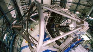 L'un des 4télescopes du Very Large Telescope (VLT) de l'European Southern Observatory (ESO), au Chili.