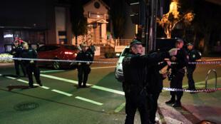 Des policiers australiens à Sydney, le 29 juillet, lors de l'opération visant à déjouer un complot terroriste.