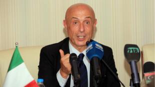 El ministro de interior italiano, Marco Minniti instó a defender el voto de los italianos en los proximos comicios