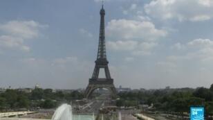 Des représentants du personnel de la Tour Eiffel ont repoussé de 24 heures, un préavis de grève