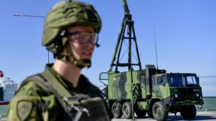 Un soldat de l'armée suédoise, à Visby, en Suède, le 1er juillet 2019.