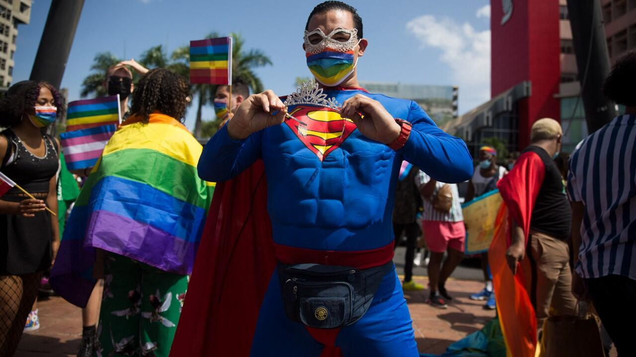 Superman-bisexual-m