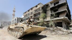 Un char de l'armée syrienne près de Damas (archives)