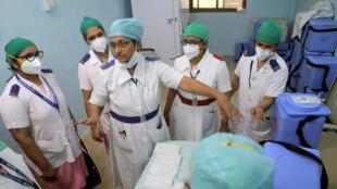 india vacunación obstaculos