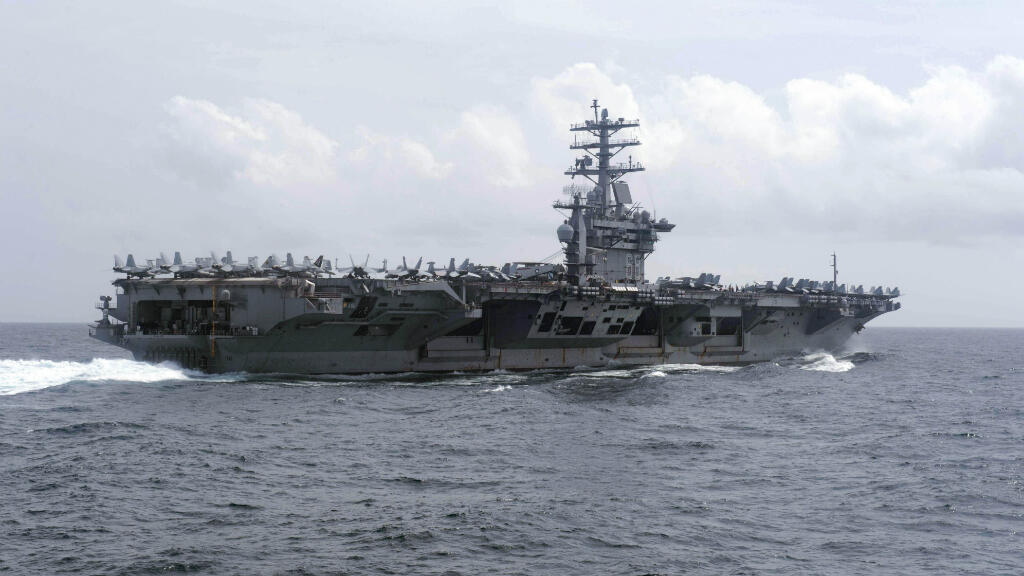 Le porte-avions USS Nimitz de la marine américaine.