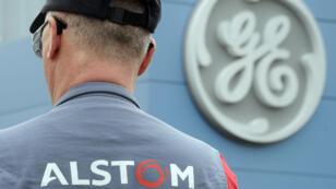 La cession de la branche énergie d'Alstom à l'américain General Electric est à 12,4 milliards d'euros.