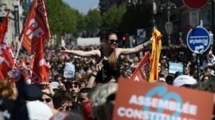 أنصار زعيم اليسار الراديكالي جان لوك ميلنشون في مرسيليا 20170409