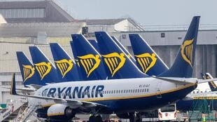 Des avions de la compagnie Ryanair sur le tarmac de l'aéroport de Dublin, le 23 mars 2020