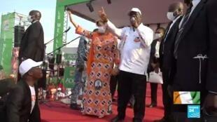 En Côte d'Ivoire, le président sortant Alassane Ouattara est candidat à sa propre succession.