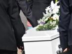 فرنسا: شركات الخدمات الجنائزية أمام صعوبة إقامة مراسم دفن ضحايا فيروس كورونا